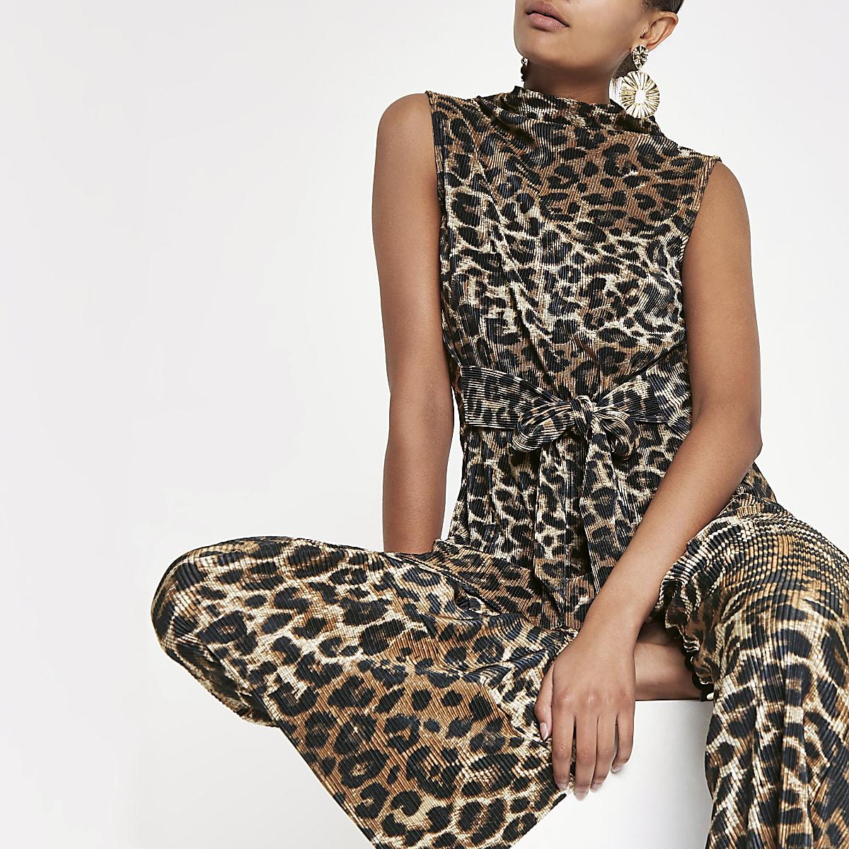 Brown leopard print plisse sleeveless top