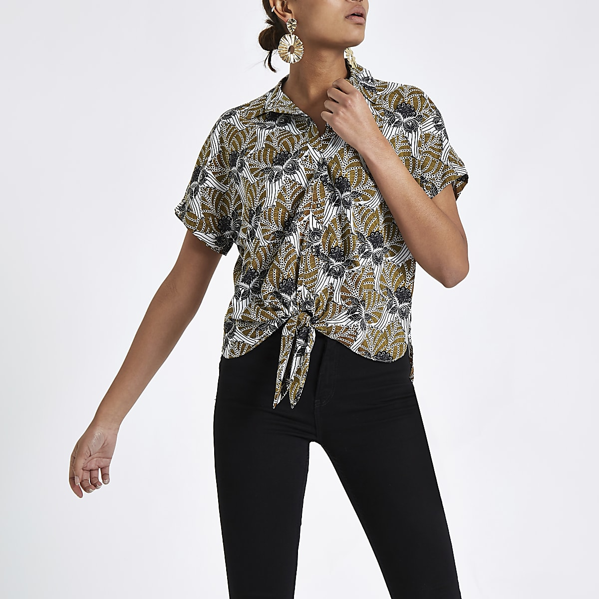 Black leaf print tie front shirt