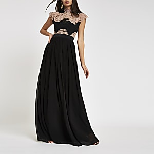 Forever Unique – Robe longue en dentelle noire