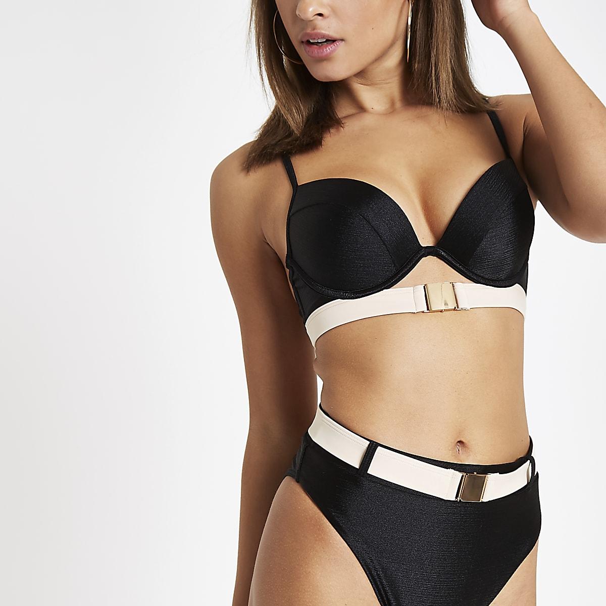 Haut de bikini noir à décolleté plongeant avec ceinture
