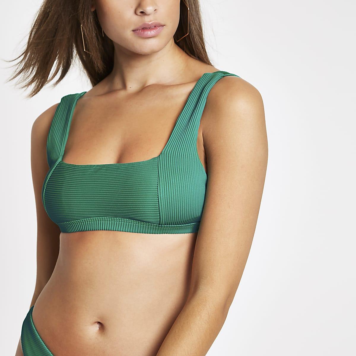 Haut de bikini caraco côtelé vert avec encolure carrée