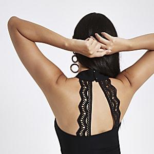 Black v neck lace back cropped bralette