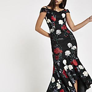 Chi Chi London – Schwarzes, geblümtes Bardot-Kleid