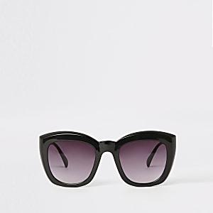 Lunettes de soleil glamour carrées noires à verres fumés