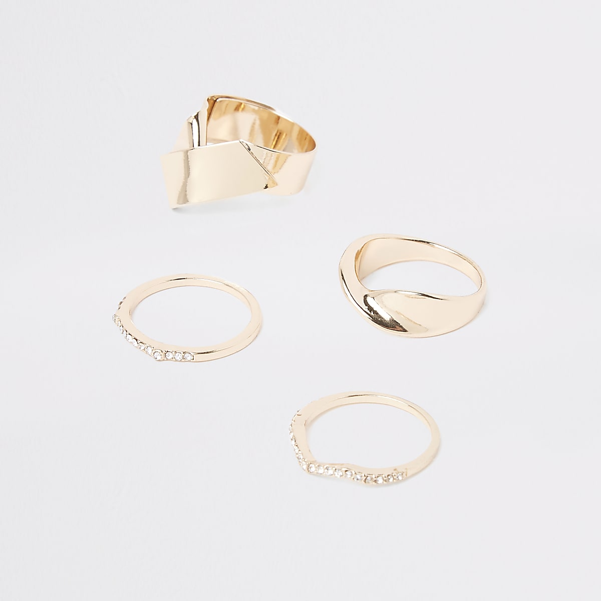 Gold color chunky rhinestone ring pack