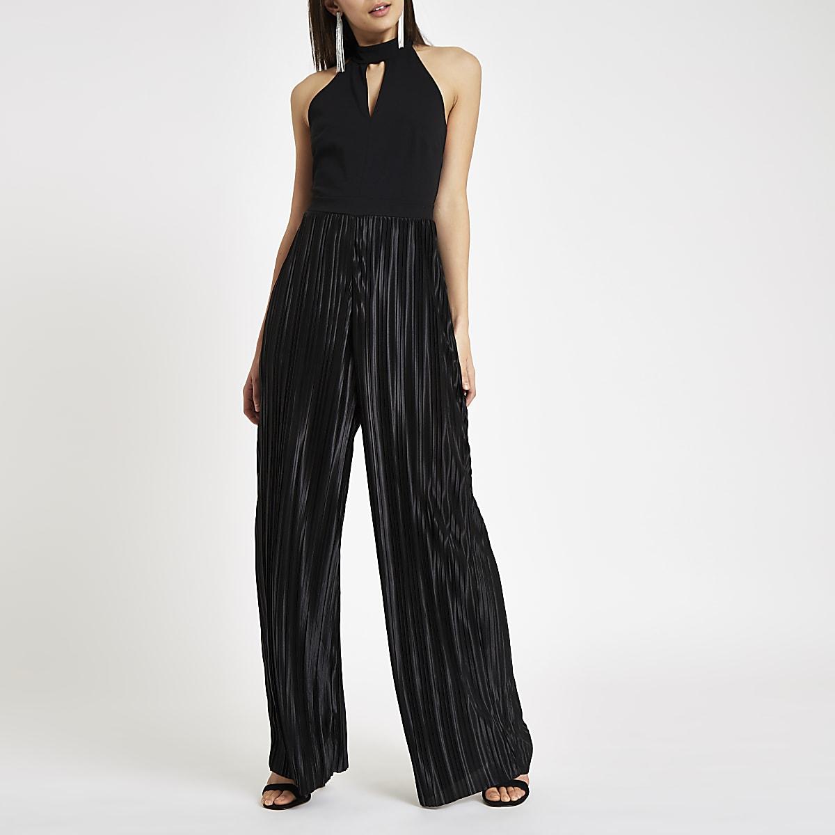 Zwarte plissé jumpsuit met halternek en wijde pijpen