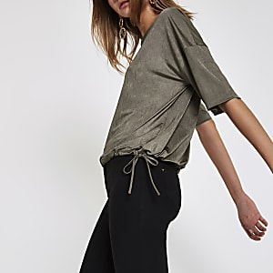 Kaki elastische top met korte mouwen