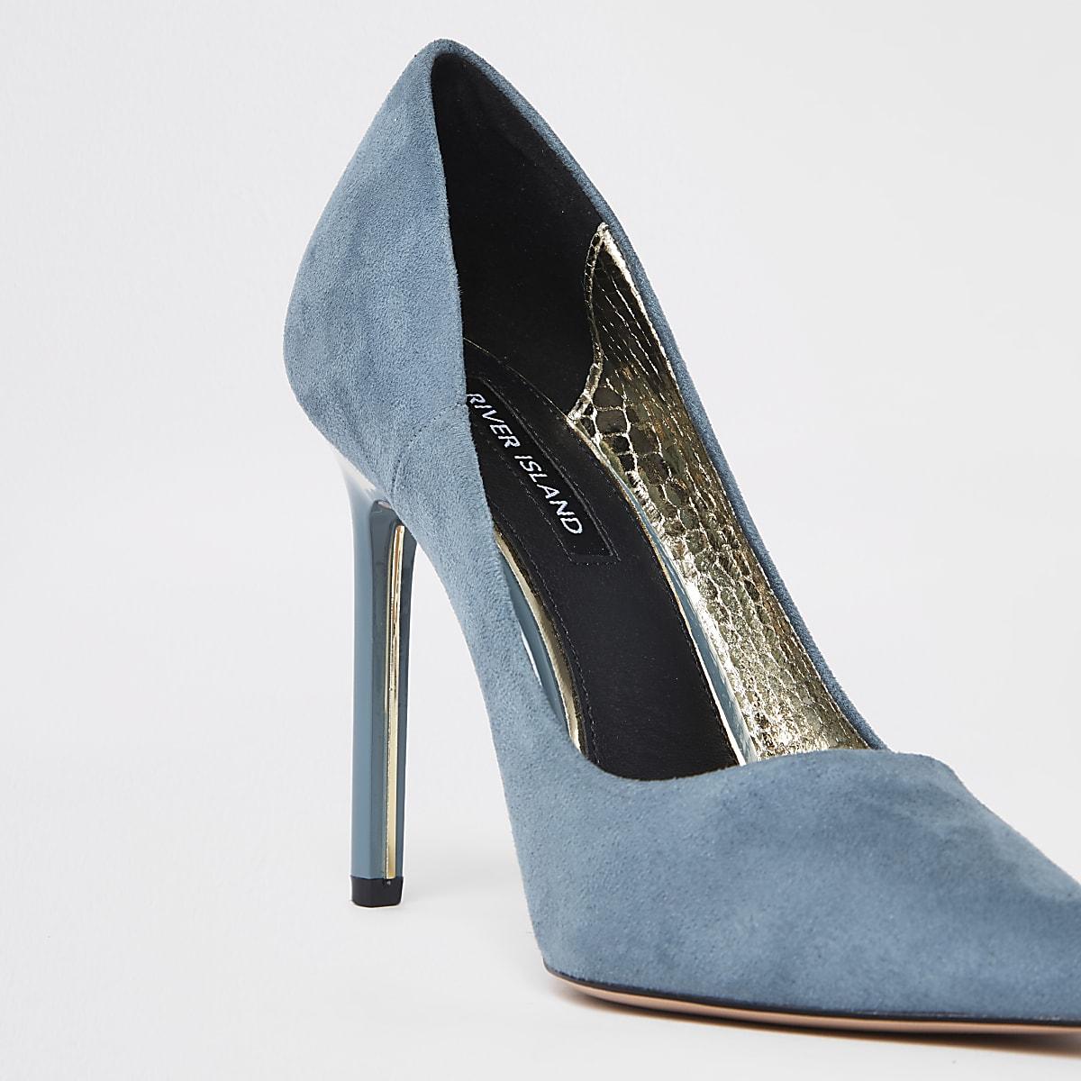2abe522259ff45 Startseite · Damen · Schuhe und Stiefel  Blaue Pumps aus Wildlederimitat. Blaue  Pumps aus Wildlederimitat ...