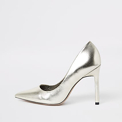 Gold pointed toe court shoes