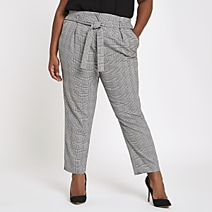 Plus black check tapered pants