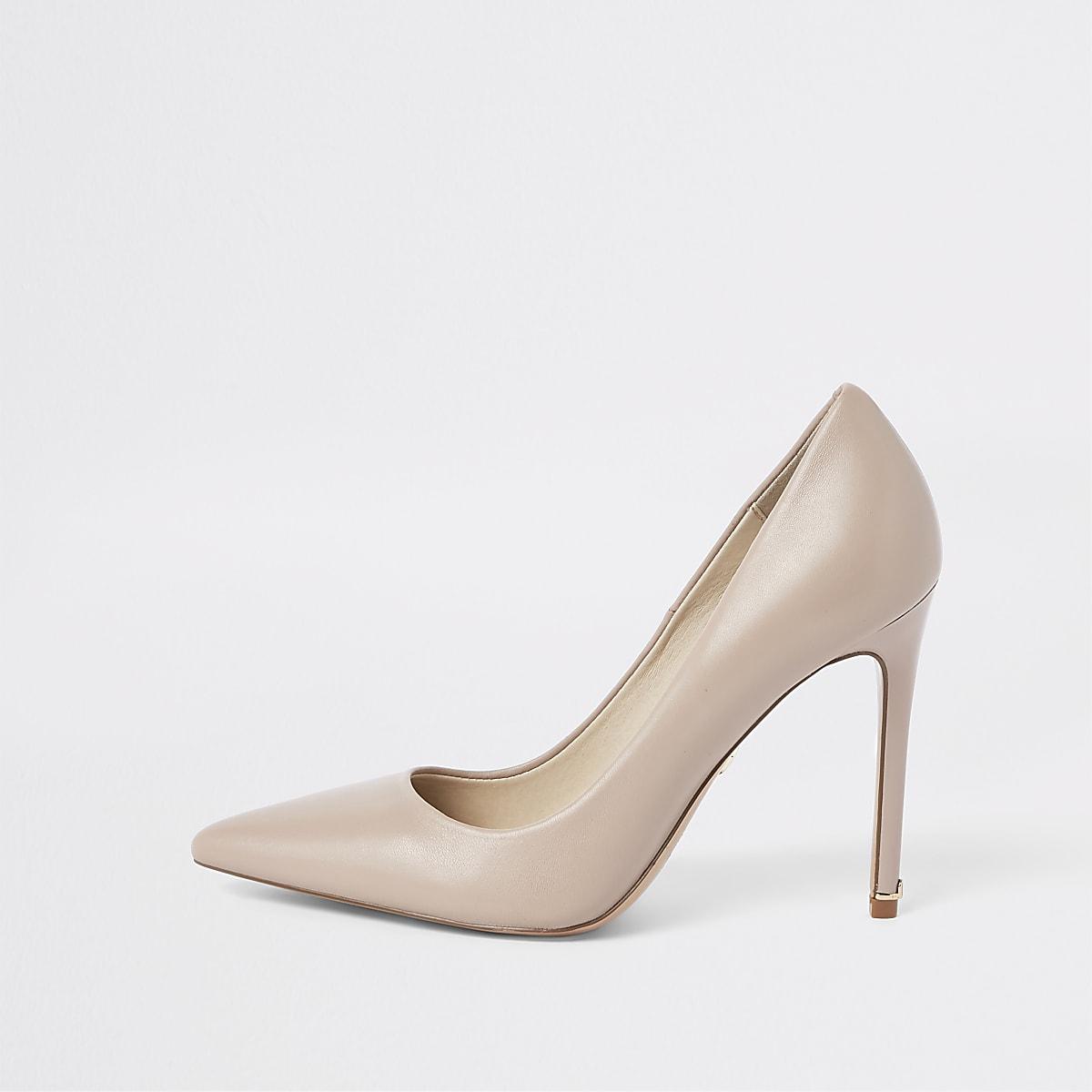 Escarpins en cuir rose clair
