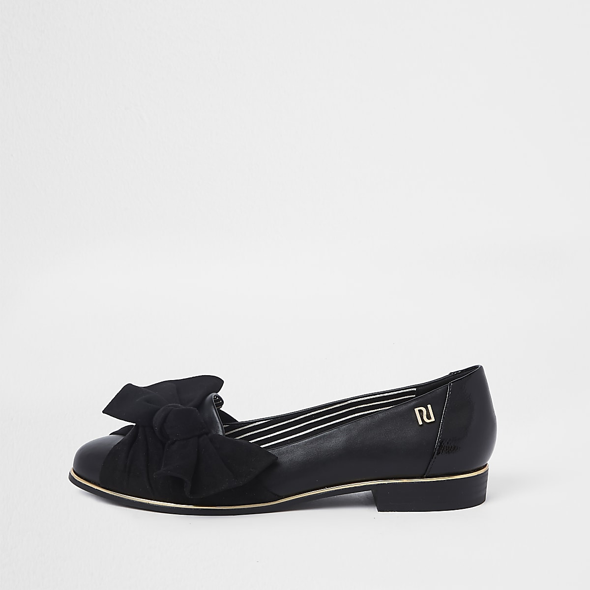Black round bow front shoes