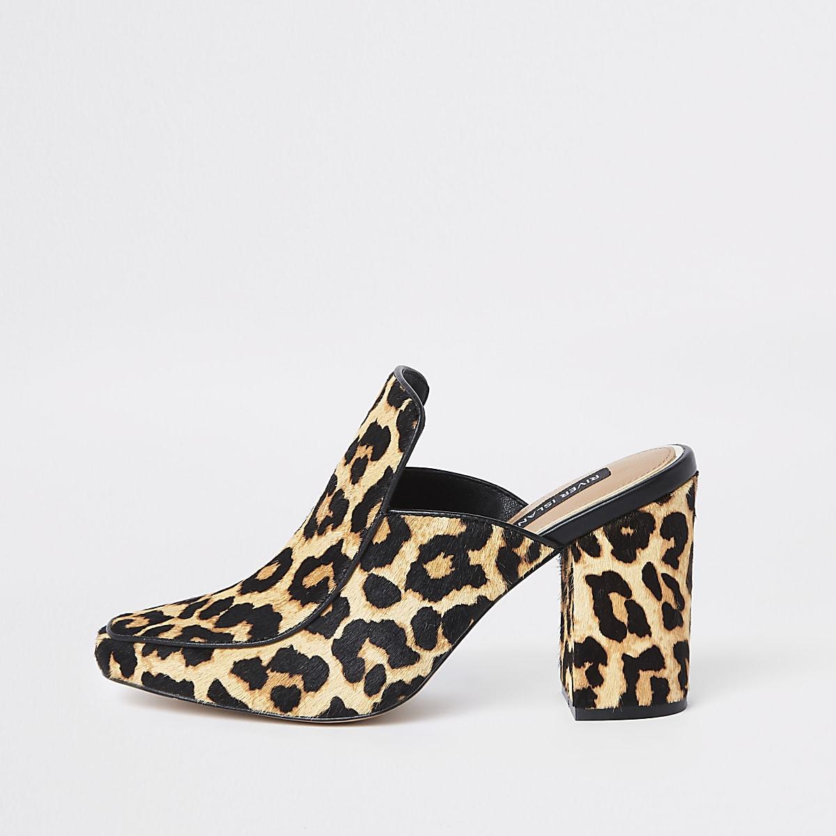 Mules en cuir imprimé léopard marron