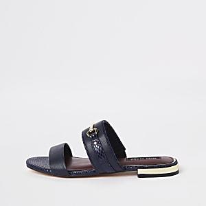Sandales plates bleu marine à mors