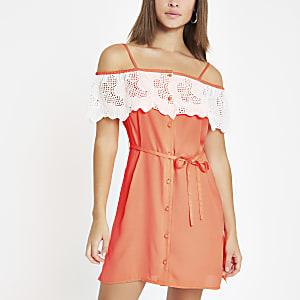 Bardot-Kleid in leuchtendem Orange
