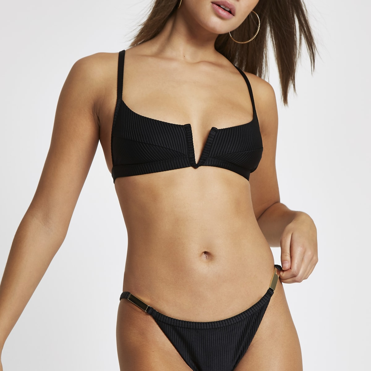 Black V wired plunge cami bikini top