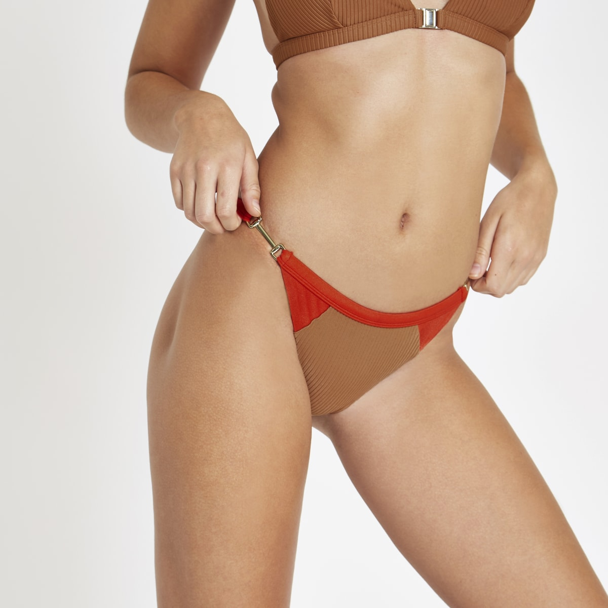 Light brown blocked high leg bikini bottoms