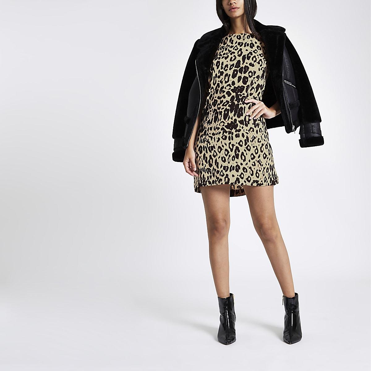Brown leopard print swing dress