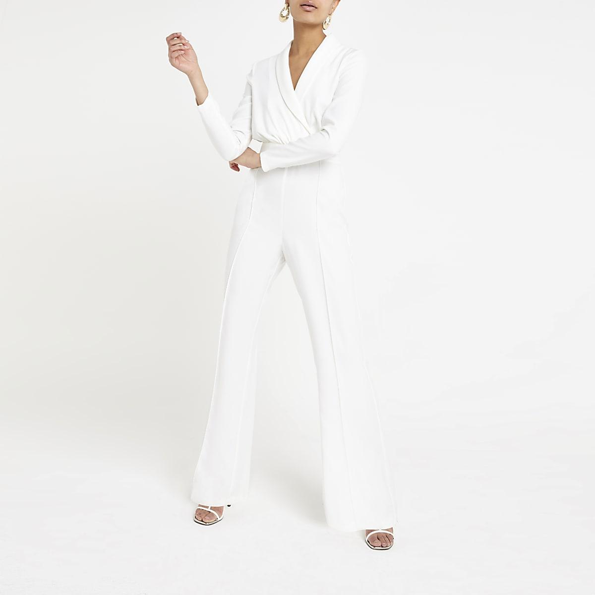 Witte jumpsuit met overslag