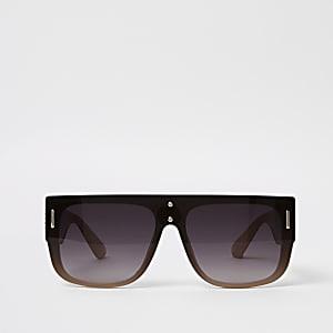 Zwarte zonnebril met grijze glazen en platte bovenkant