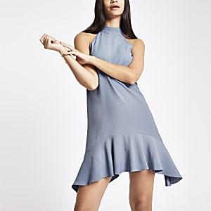 Robe évasée bleu clair à col montant