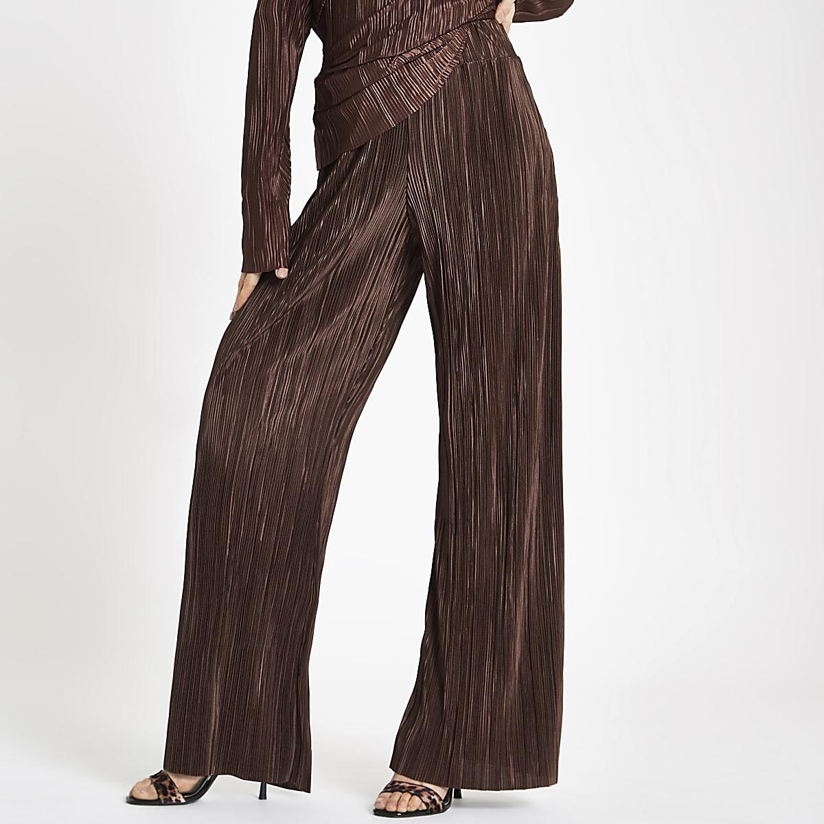 Bruine plissé broek met wijde pijpen
