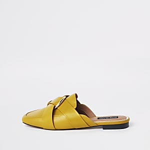 Yellow ring backless loafer