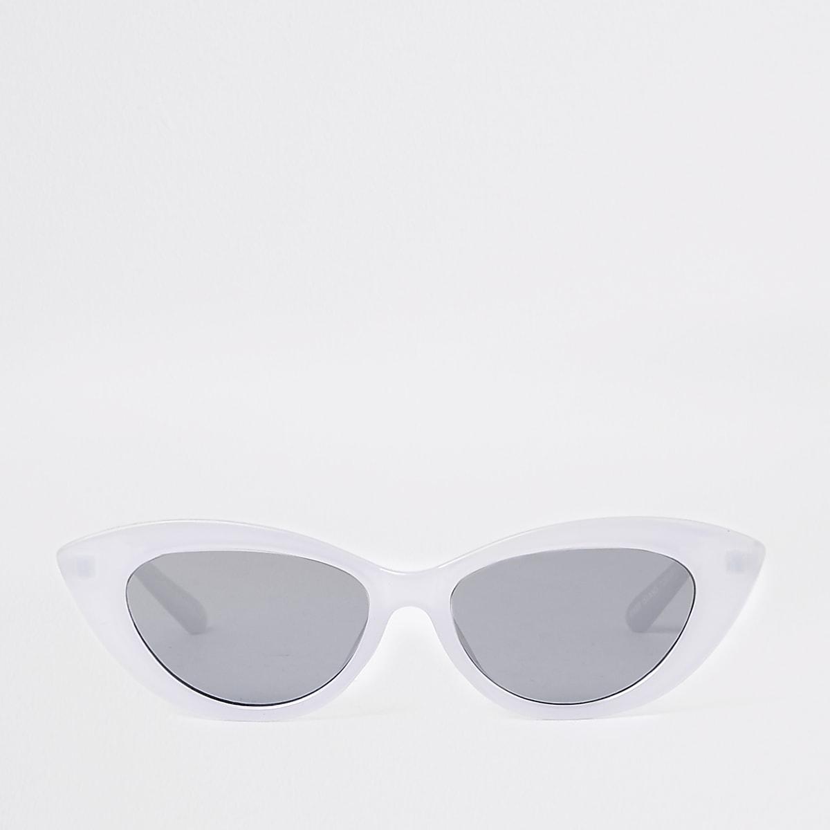 Lichtpaarse smalle cat-eye-zonnebril