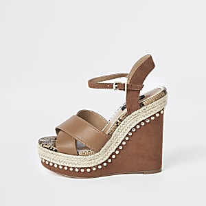 Light brown studded Wide fit wedges