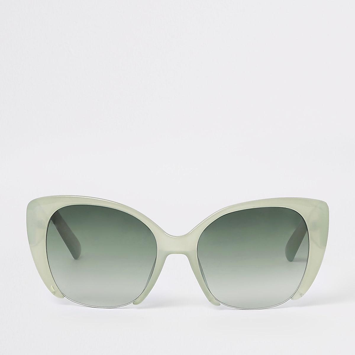 Lunettes de soleil œil de chat à verres verts