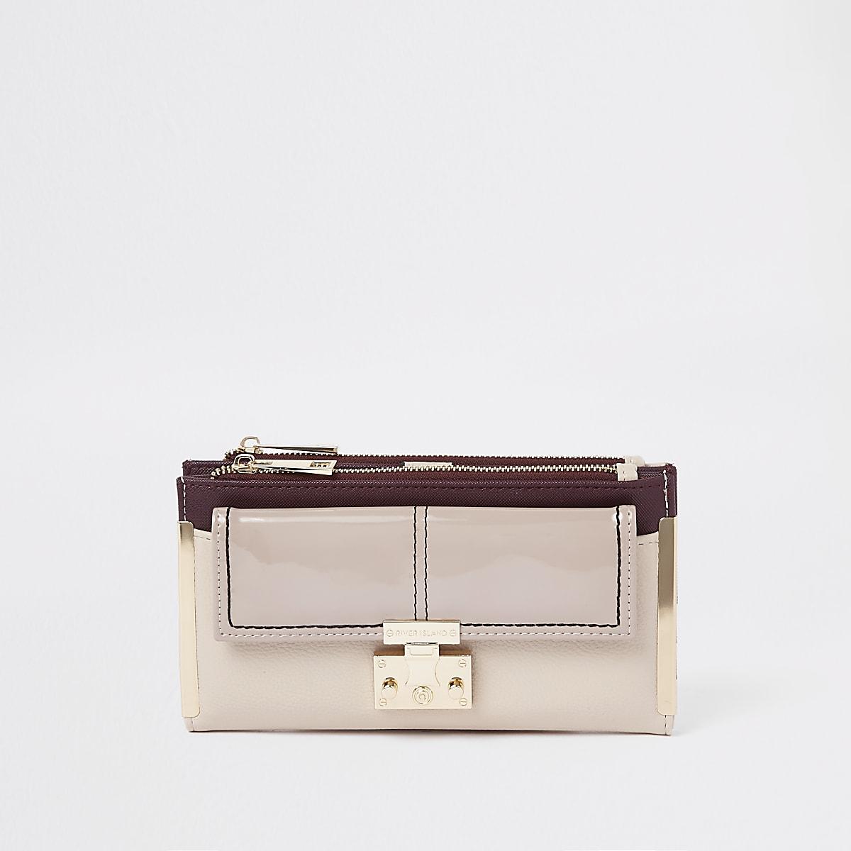 Brown front pocket foldout purse