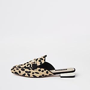 Mocassins imprimé léopard marron à mors ouverts à l'arrière
