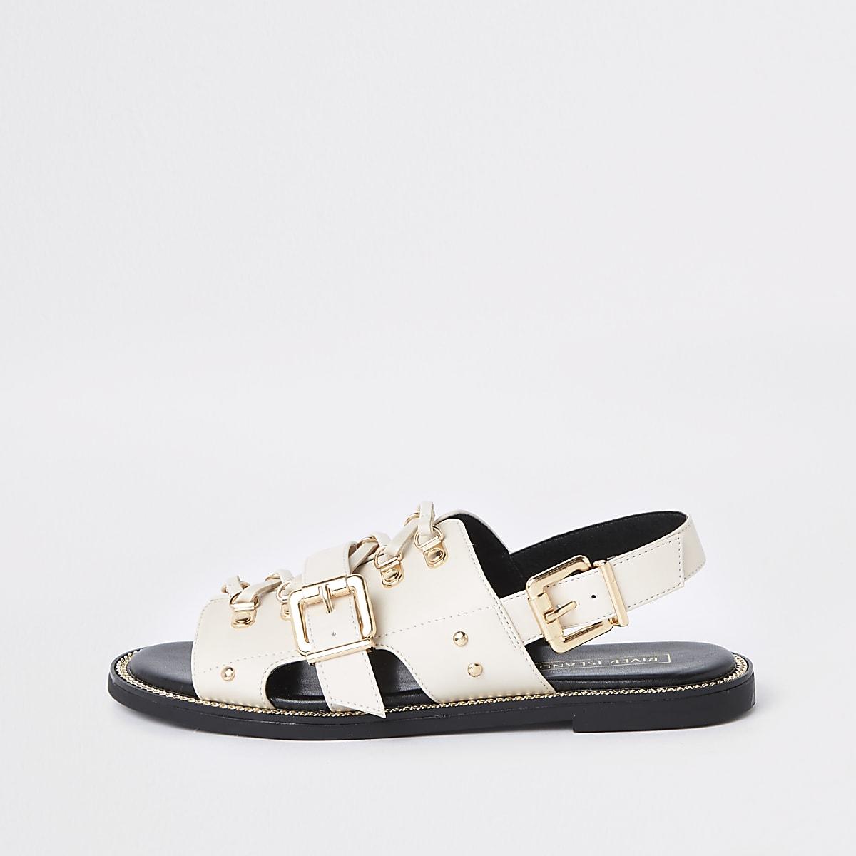 Crèmekleurige sandaal met veteroogsluiting