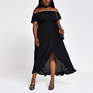 RI Plus - Zwarte maxi-jurk in bardotstijl