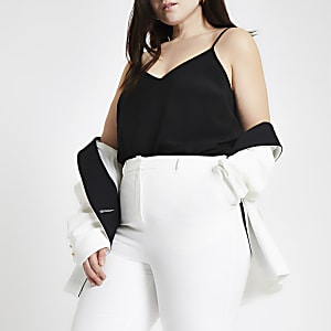 Plus – Top noir à bretelles fines croisées dans le dos