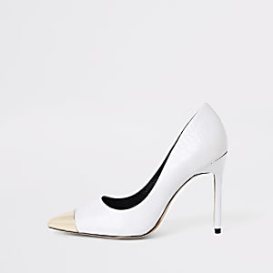 White croc pointed metal toe court shoes