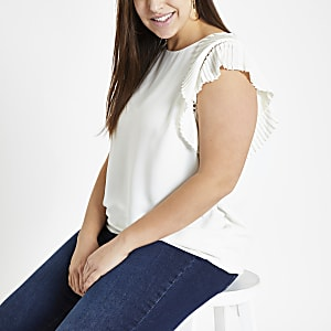 Plus white fan shoulder detail shell top