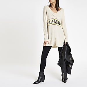 Beige 'A la mode' v neck jumper