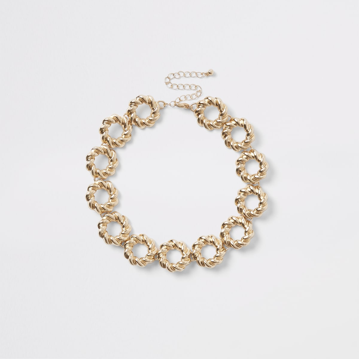 Gold color twisted ring choker