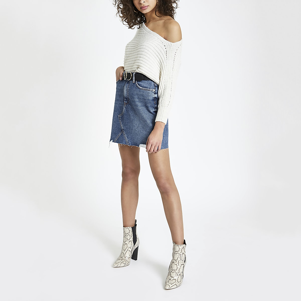 6ff5a6ea2f7256 Blue fray hem denim mini skirt