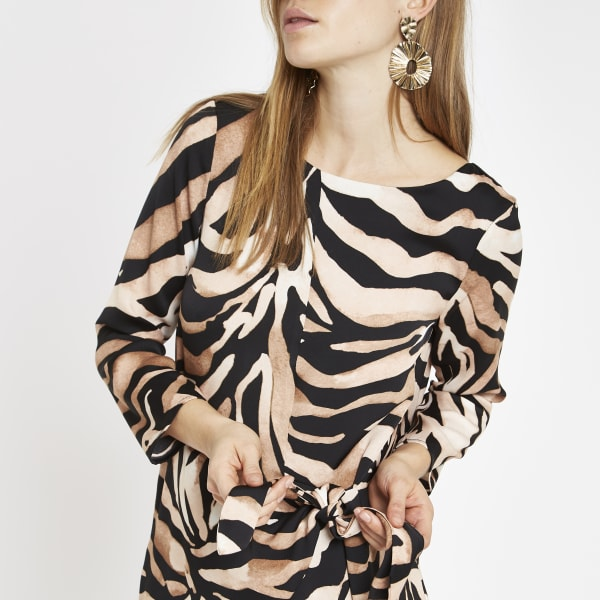 River Island - robe évasée à imprimé zèbre marron nouée - 3