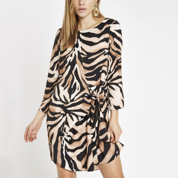 River Island - robe évasée à imprimé zèbre marron nouée - 2