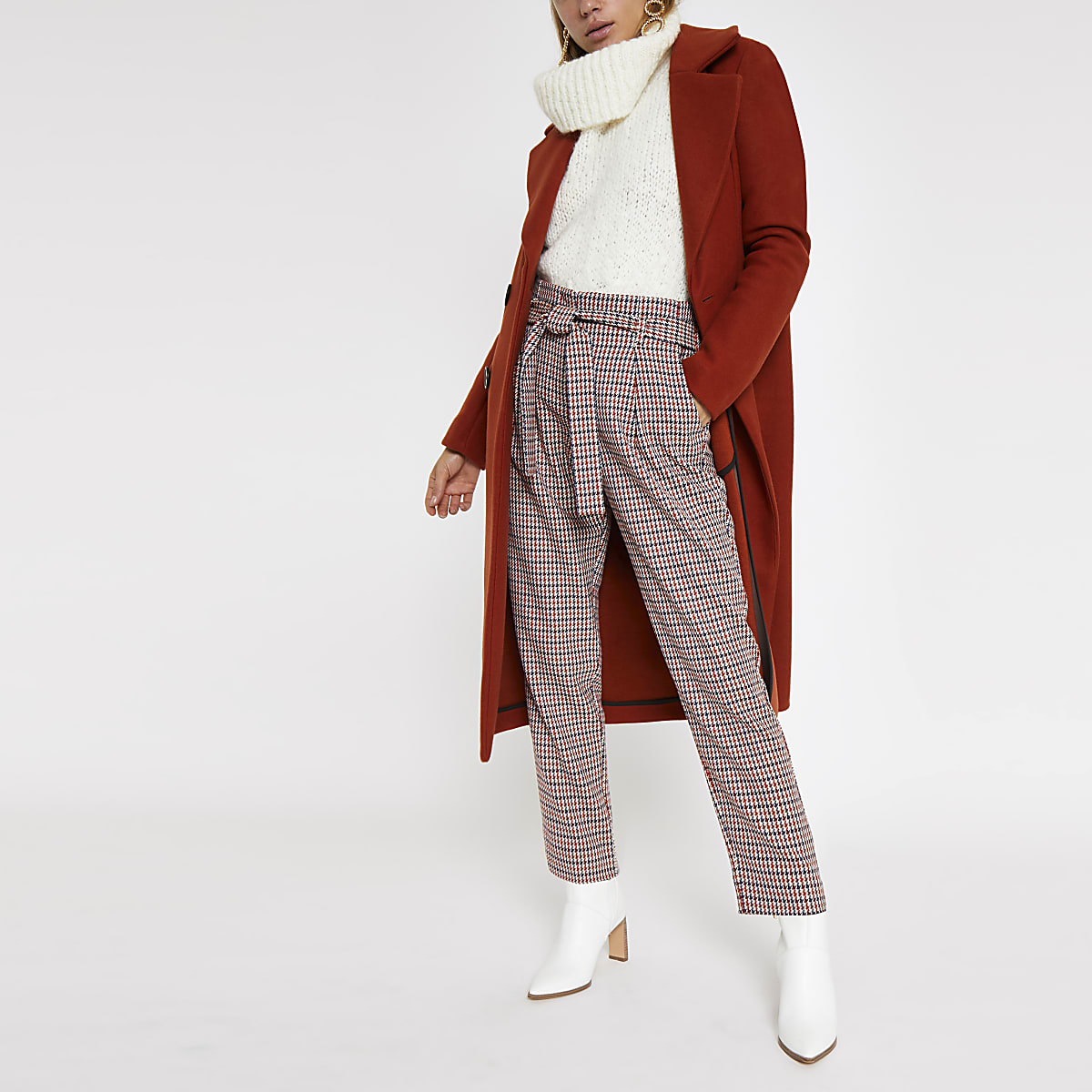Red check tie waist tapered pants
