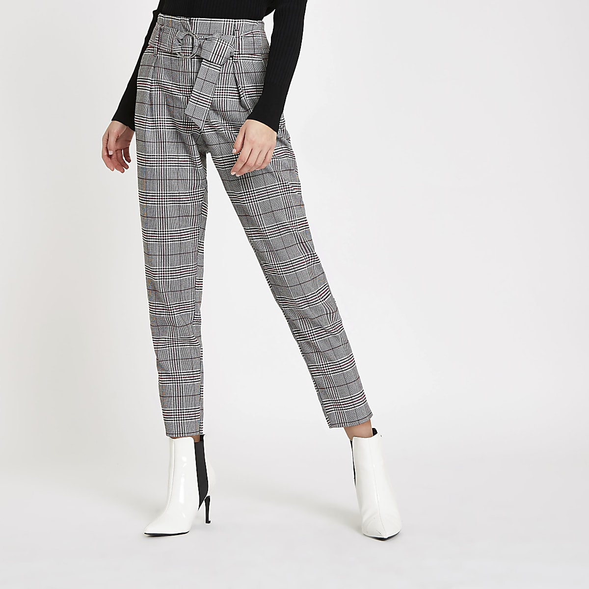 Red check belted tapered pants