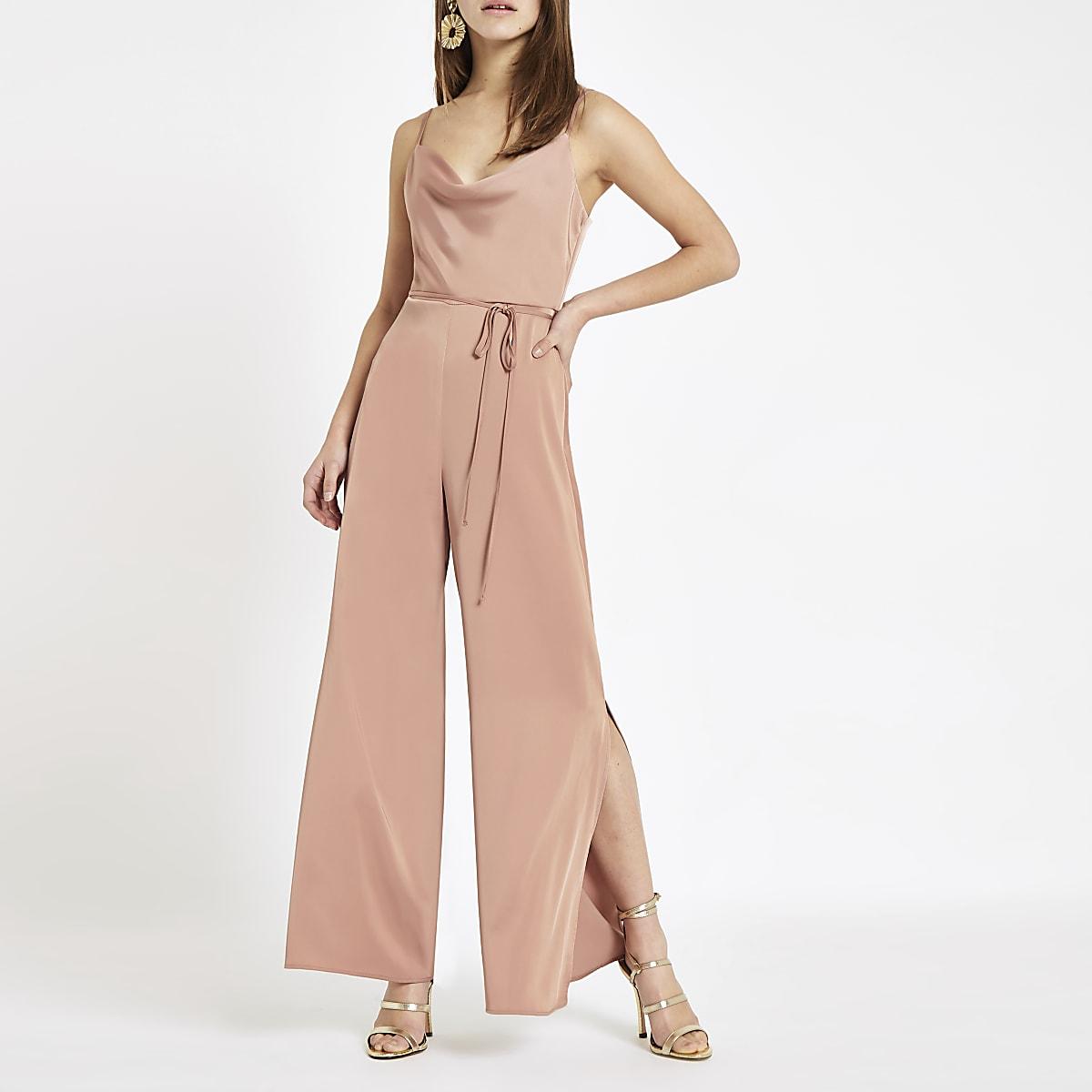 RI Petite - Roze jumpsuit met losvallende col