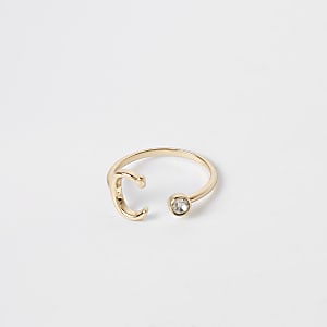 Gold color 'C' initial ring