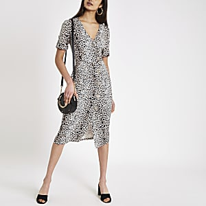 Brown leopard print button midi dress