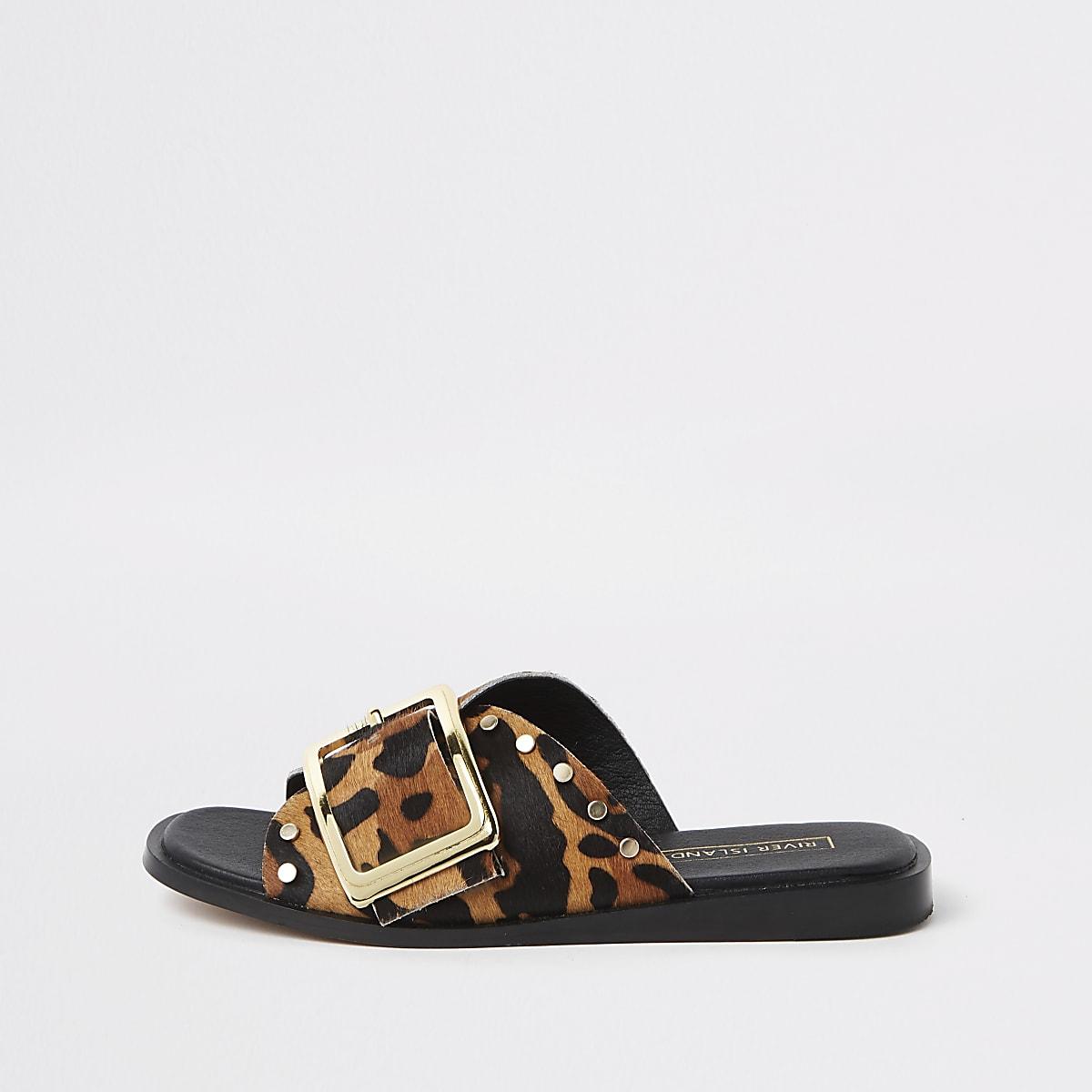 Bruine muiltjes met luidpaardprint