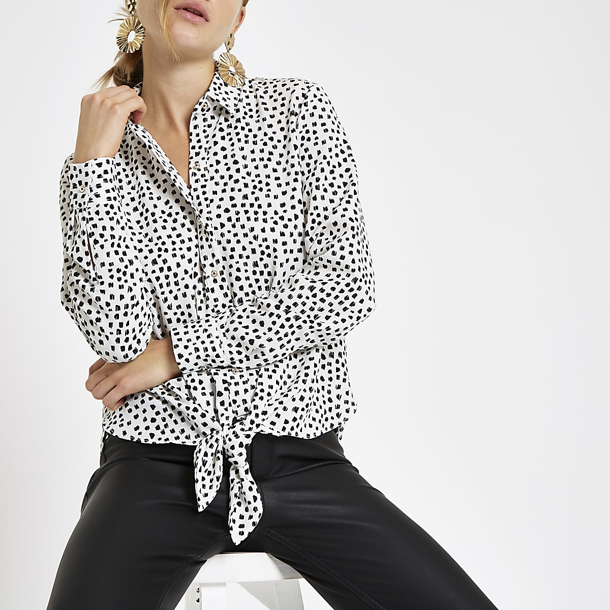 White spot print tie front shirt