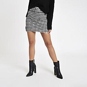 Mini-jupe motif vichy noire à ceinture